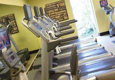 Renaissance Concourse Atlanta Airport Hotel - Fitness Center