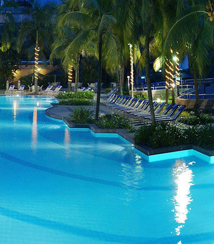 Renaissance Kuala Lumpur Hotel - Outdoor Pool