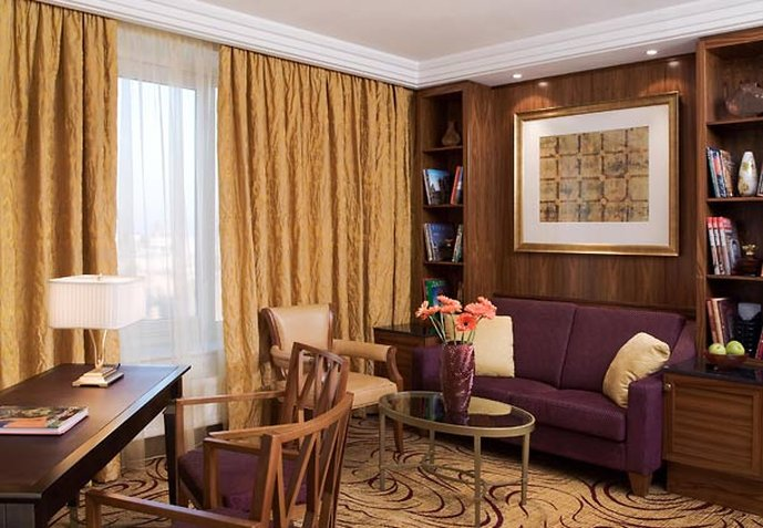 Renaissance Moscow Monarch Centre Hotel Pokoj