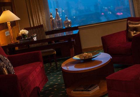 Renaissance Hotel Suzhou - Suite Living Room