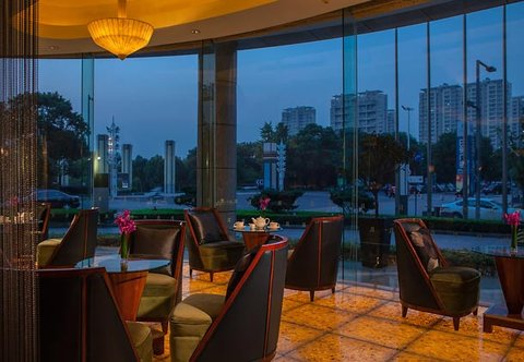 Renaissance Hotel Suzhou - Lobby Bar   Lounge - Tea Set Up