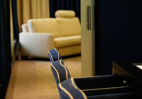فندق إمبيريال رايدينغ سكوول رينسانس فيينا - Meeting Rooms Quadrille   Passage