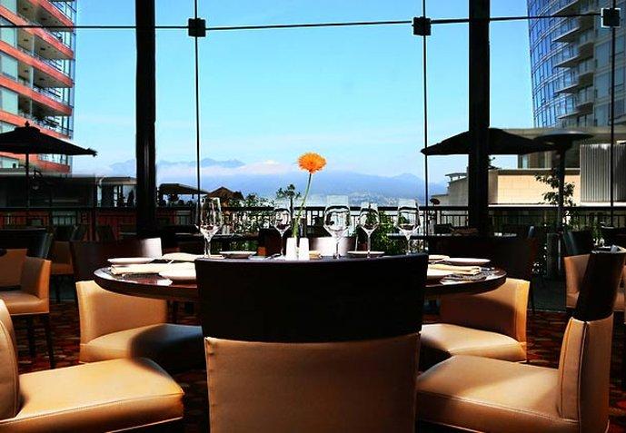 Renaissance Vancouver Hotel Harbourside 餐饮设施