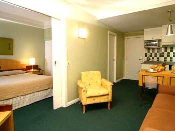 Slaviero Suites Curitiba Vista do quarto