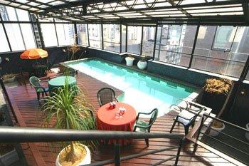 Slaviero Suites Curitiba Vista da piscina
