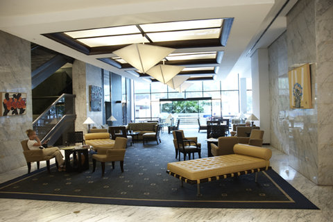 Eurobuilding Hotel and Suites - Lobby view