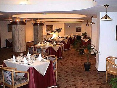Kazakhstan Hotel Almaty - Restaurant