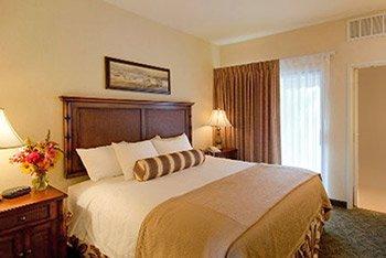 Oxford Suites Pismo Beach - Pismo Beach, CA