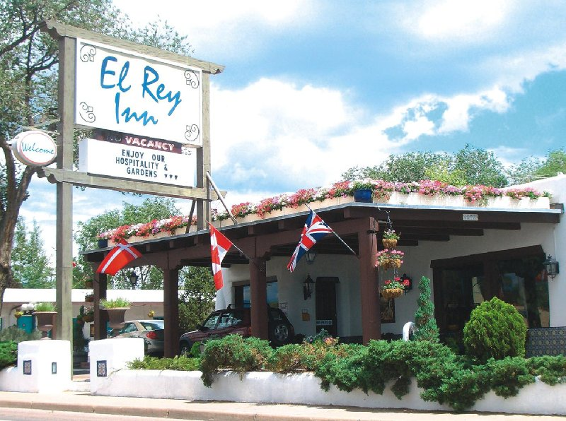 El Rey Inn