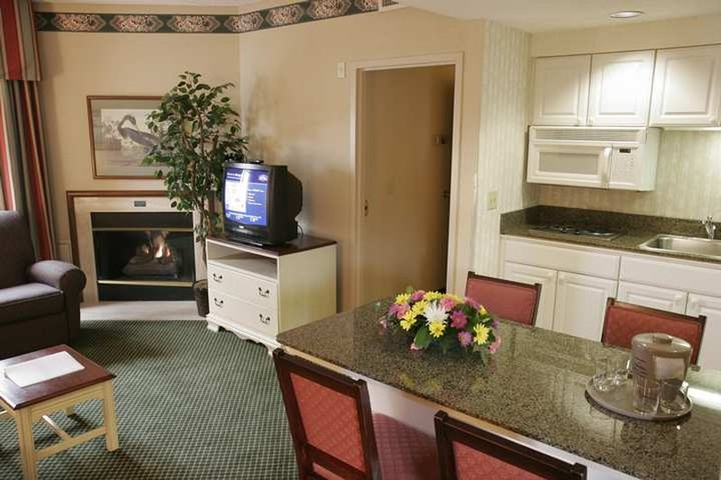 Hampton Inn-Newport News