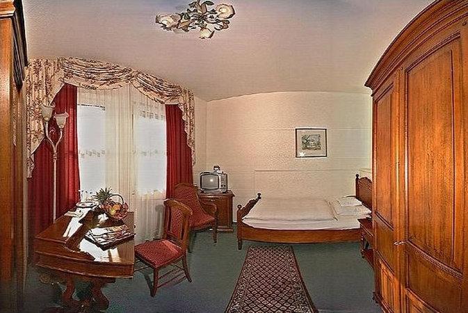 Hotel Am Josephsplatz Вестибюль