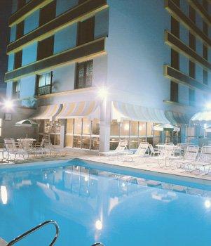Plaza Blumenau Hotel - Pool View