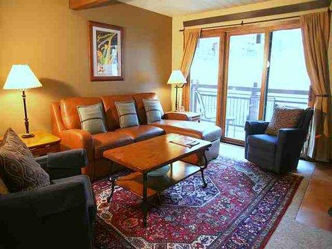 Lift One Condominiums - SUPERIOR 2 BEDROOM CONDO