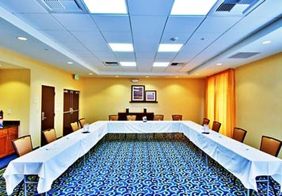 SpringHill Suites Fresno - Meeting Room