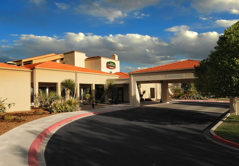 Courtyard-Airport - Albuquerque, NM