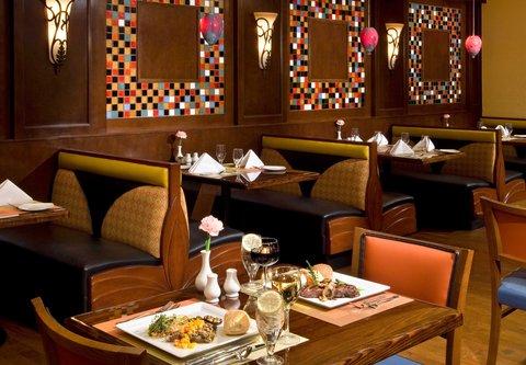 Albany Marriott - Market Restaurant Seating