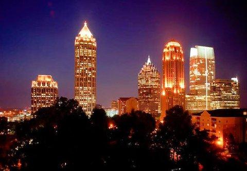 Residence Inn Atlanta Midtown/Georgia Tech - Suite View