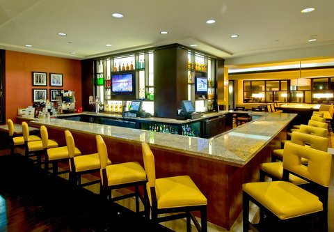 Bakersfield Marriott at the Convention Center - M I  Greatroom Bar