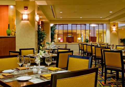 Bakersfield Marriott at the Convention Center - The Nines Restaurant