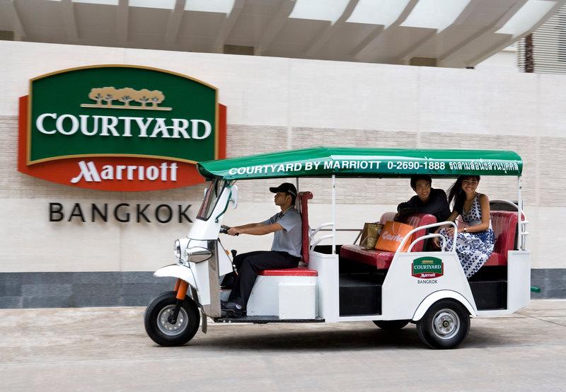 Courtyard Bangkok Vista esterna
