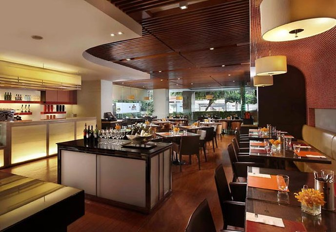 Sathorn Vista, Bangkok - Marriott Executive Apartments Bar/Lounge