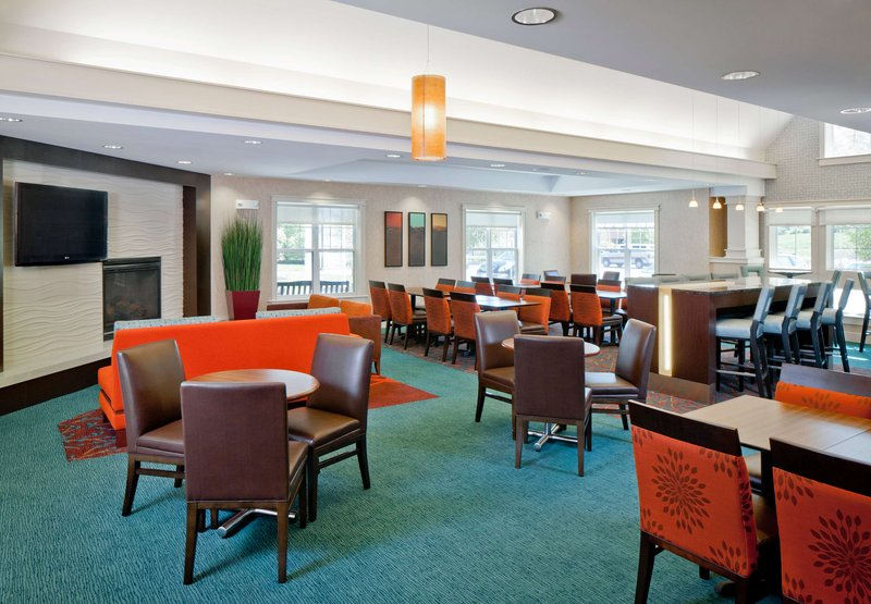 Holiday Inn Express & Suites NORWOOD-BOSTON AREA - Norwood, MA