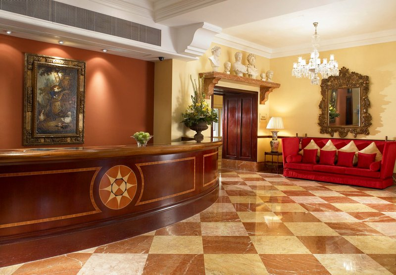 Marriott Bristol Royal Hotel Előcsarnok
