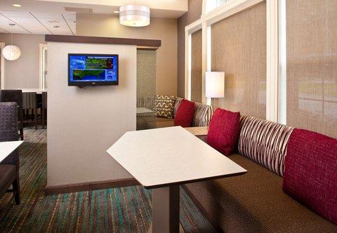 Residence Inn Baton Rouge Siegen Lane - Lobby Sitting Area