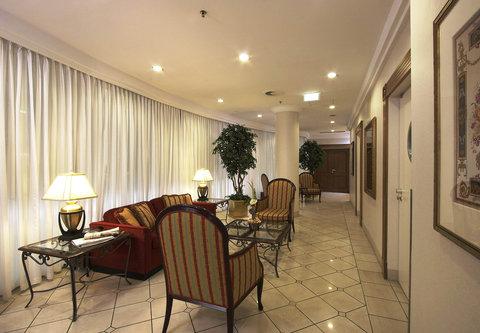 Millennium Court, Budapest - Marriott Executive Apartments - Lobby