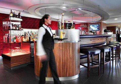 Cologne Marriott Hotel - Pluesch Bar   Lounge