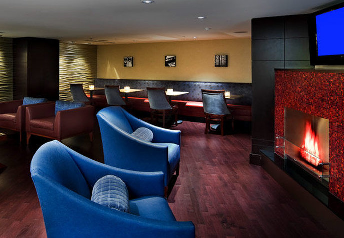 Marriott Chicago Downtown Magnificent Mile Bar/Lounge