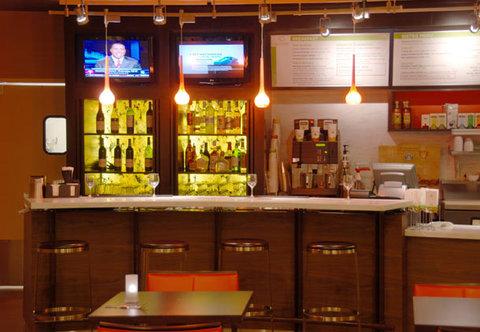 Courtyard College Station - Bistro Bar