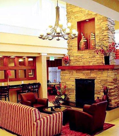 Residence Inn Bryan College Station - Lobby Fireplace