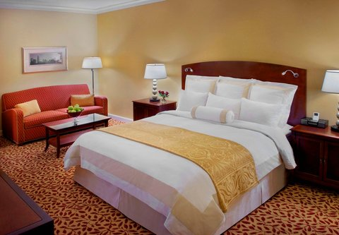 Charlotte Marriott SouthPark - King Guest Room