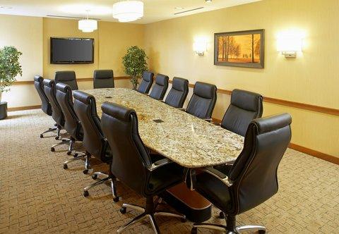 Courtyard Hamilton - Executive Boardroom