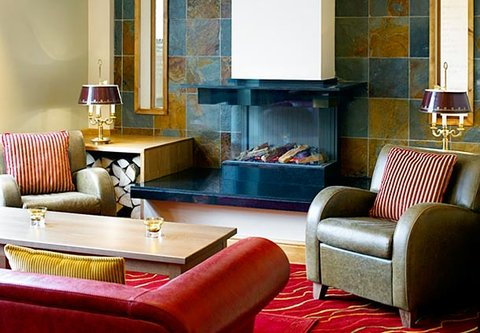 Forest of Arden - A Marriott  and Country Club - Zest Bar Fireplace