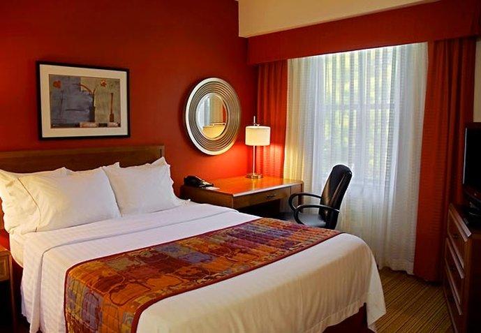 Residence Inn Dallas-Park Central Pokoj