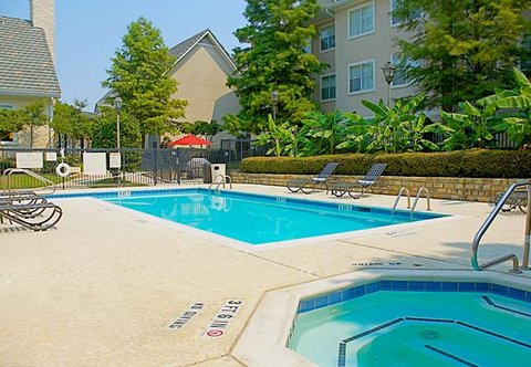 Residence Inn By Marriott Dallas Park Central - Outdoor Pool   Spa