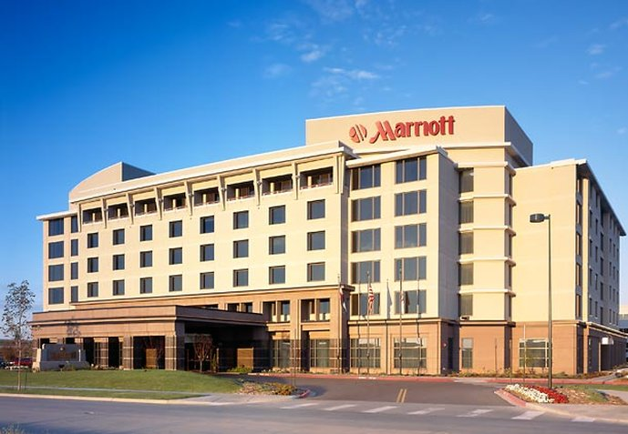 Marriott Denver Airport at Gateway Park Vista exterior