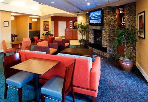 Residence Inn Dothan - Lobby