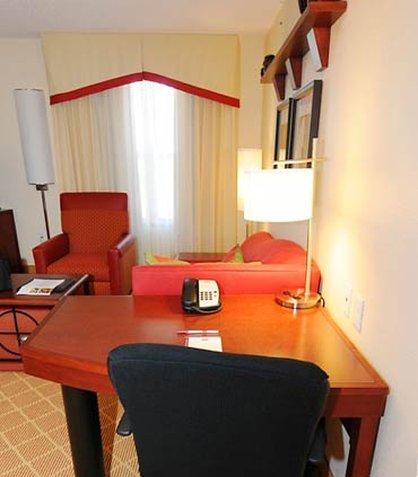 Residence Inn Dothan - Work Desk