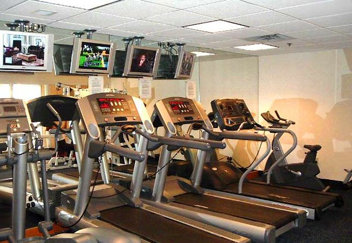 Marriott Detroit Airport Fitness club