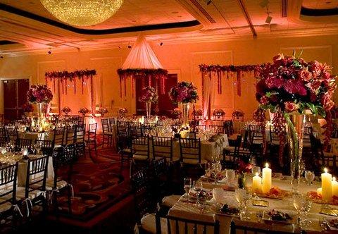 Teaneck Marriott at Glenpointe - Elegant Weddings