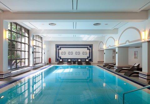 فندق ماريوت هامبورغ - Indoor Pool