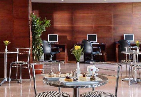 Hurghada Marriott Beach Resort - Marrnet Caf