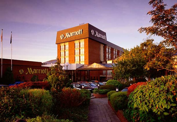 Heathrow/Windsor Marriott Hotel Buitenaanzicht