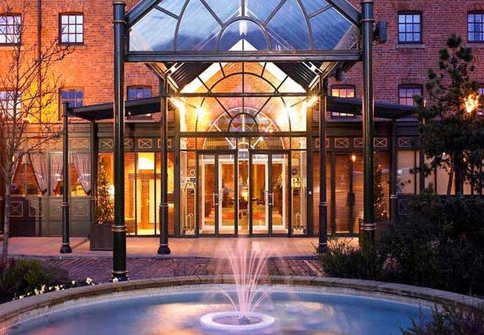Manchester Marriott Victoria & Albert Hotel Vista esterna