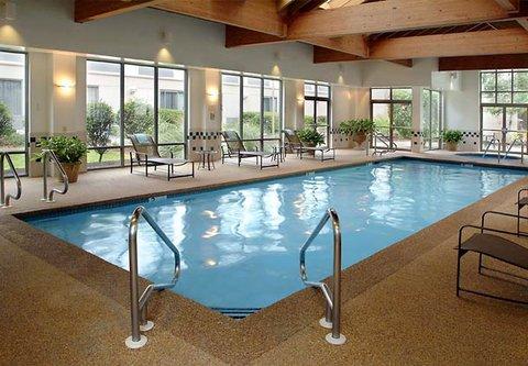 Courtyard Nashua - Indoor Pool