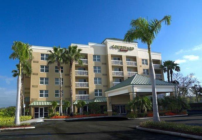 Hotel Courtyard Miami Aventura Mall Außenansicht