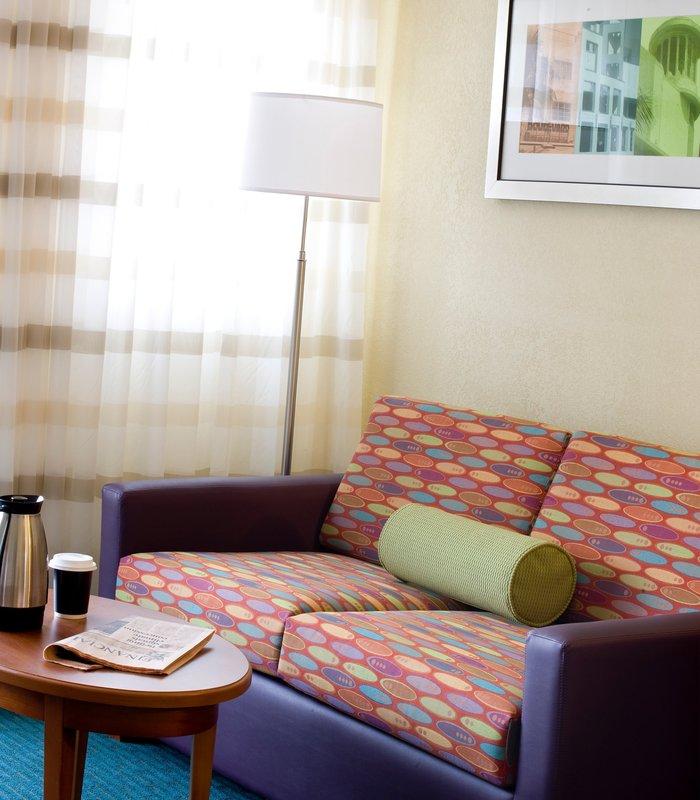 Hotel Courtyard Miami Beach South Beach Vista do quarto